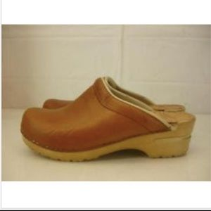 Womens 8.5 9 39 Dansko Sonja Tan Leather Clogs